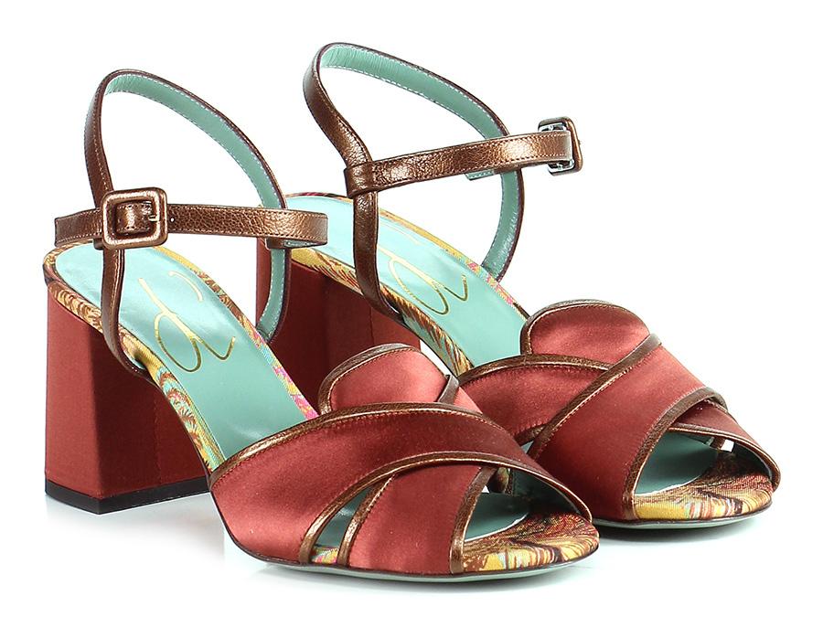 Sandalo D alto  Porpora Paola D Sandalo arcano aab0a6