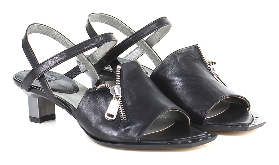 Sandalo basso Nero Ixos Verschleißfeste billige Schuhe