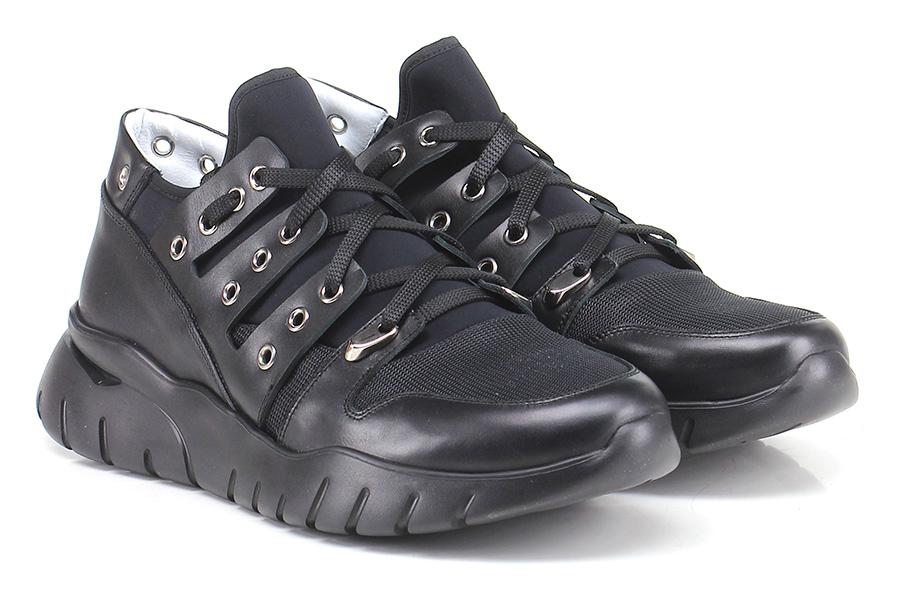 Sneaker  Nero Cesare P.