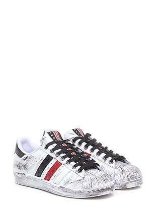 Sneaker old