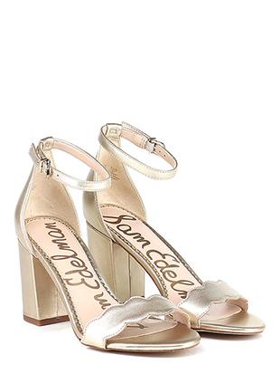 d822d2033fc2 Sales - Shoes Women - Group-Shoes  1