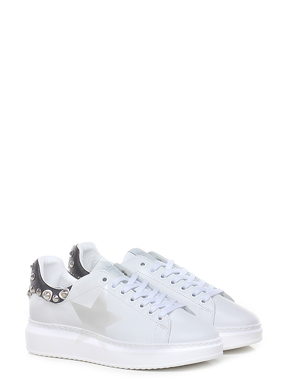Sneaker angel