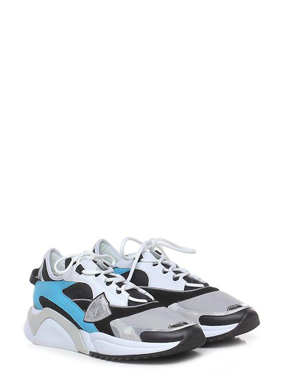 Sneaker eze