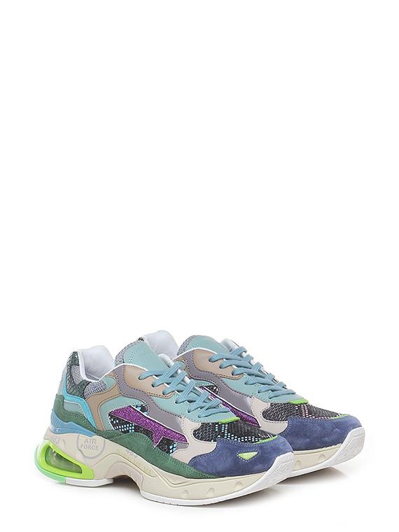 Sneaker sharkyd