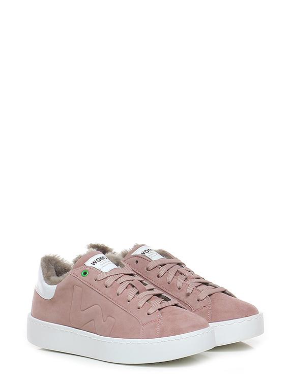Sneaker concept winter rose