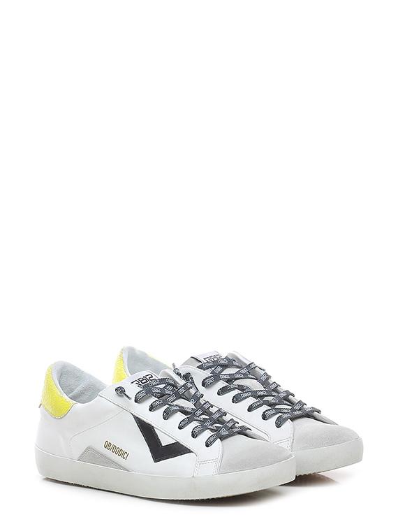 Sneaker suprime – u062