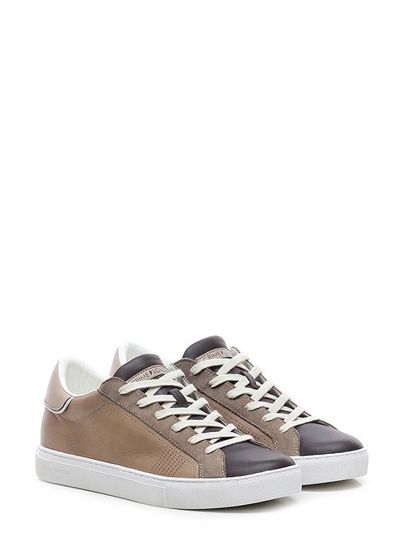 Sneaker low top essential