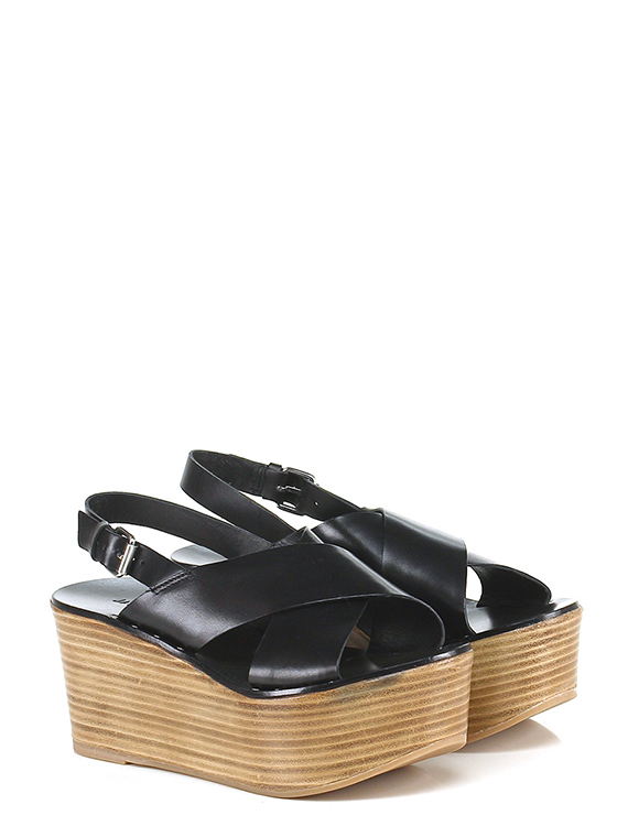 FOOTWEAR - Sandals Janet & Janet Discount Finishline 3eO4OshMm